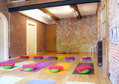 salle-yoga-tapis-1