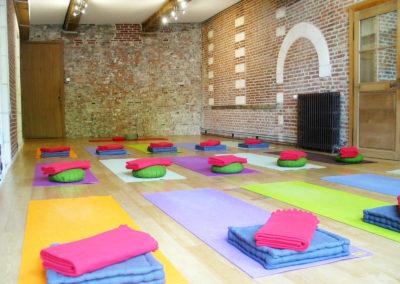 salle-yoga-tapis-4